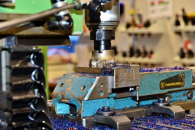 大阪で金型製作・小ロット生産を依頼するなら【株式会社内外】へ
